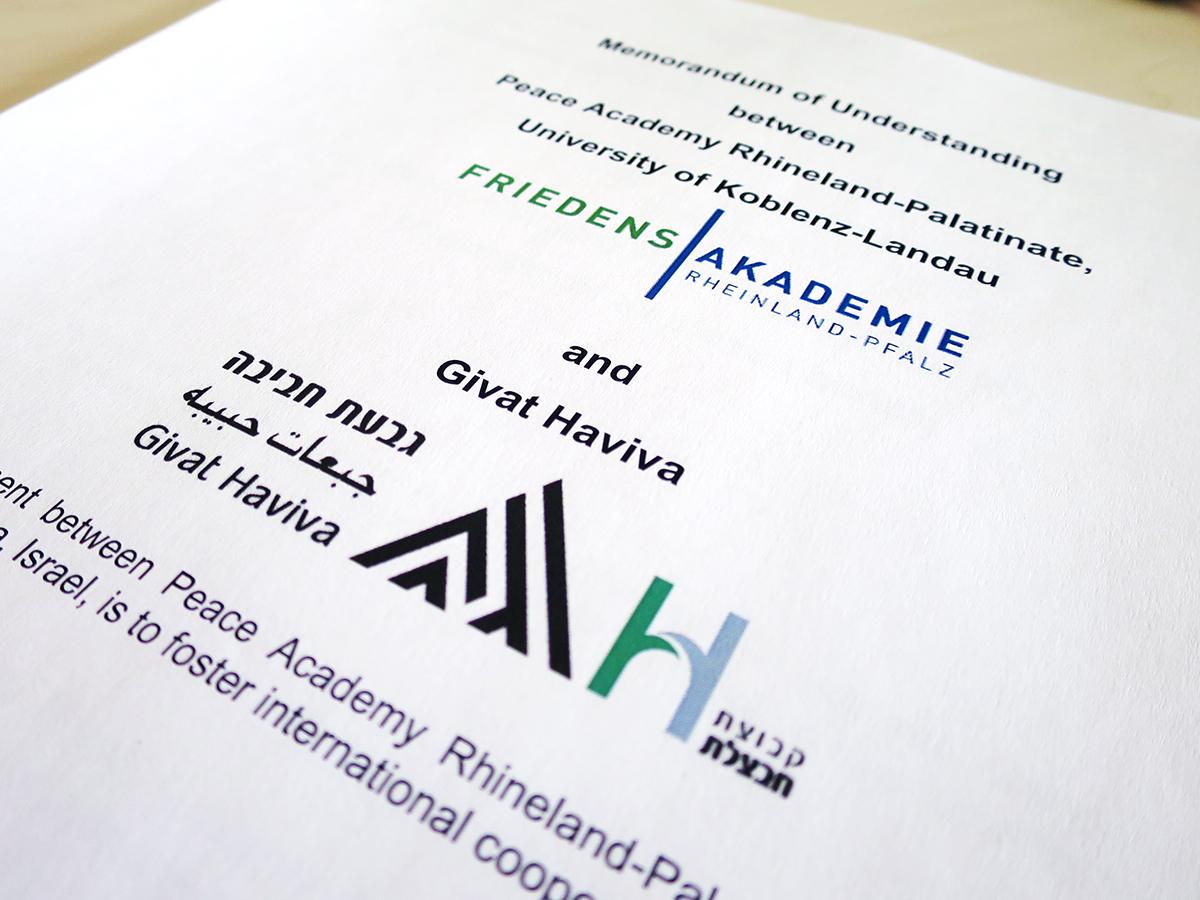 Die Kooperation zwischen Givat Haviva und der Friedensakademie RLP sieht u.a. Forschungsprojekte, Trainings- und Workshop-Aktivitäten sowie den Austausch und Gastaufenthalte von Dozenten und Studierenden vor. Foto: Uni Koblenz-Landau