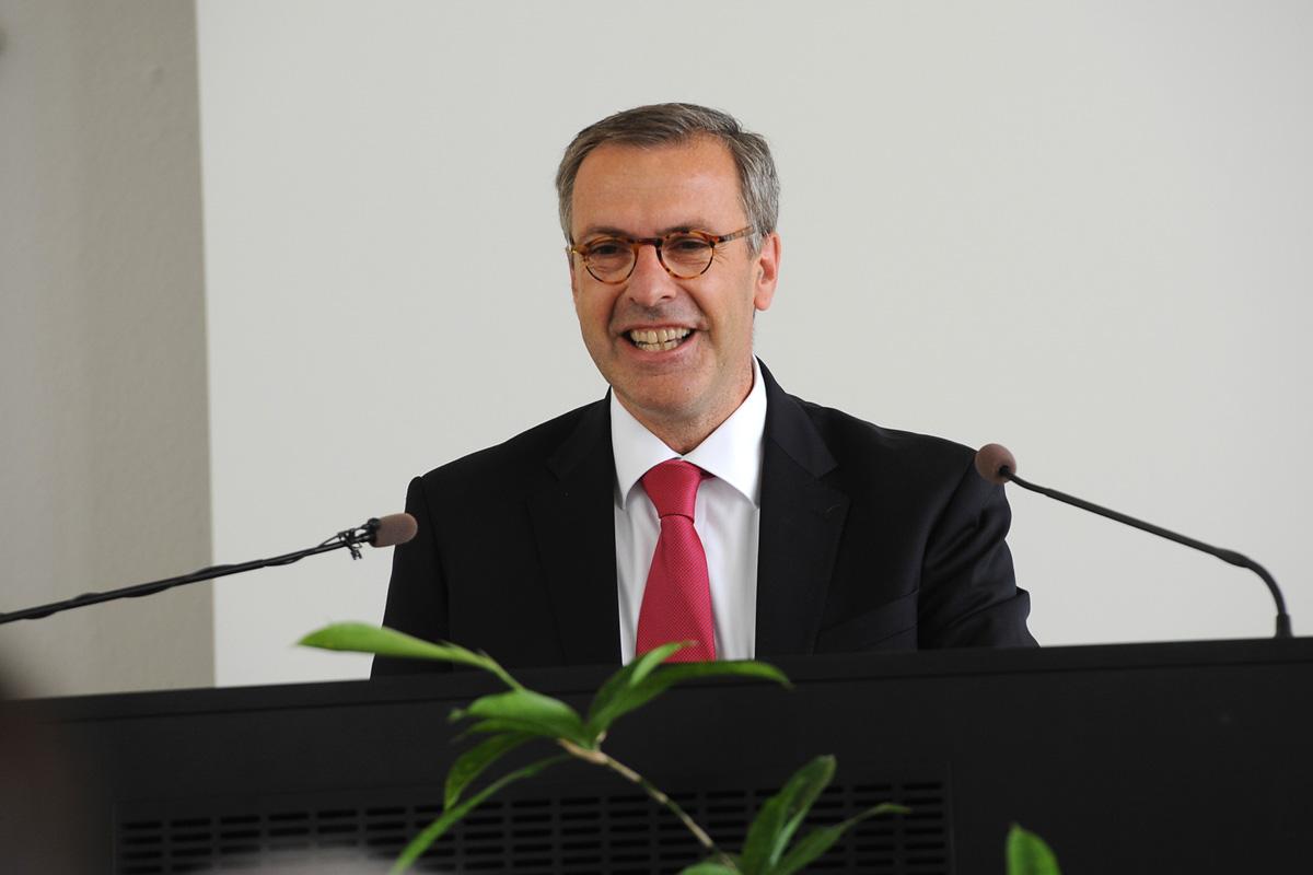 Übergabe des Präsidentenamtes: LHPK-Vorsitzender Prof. Dr. Hermsdorf