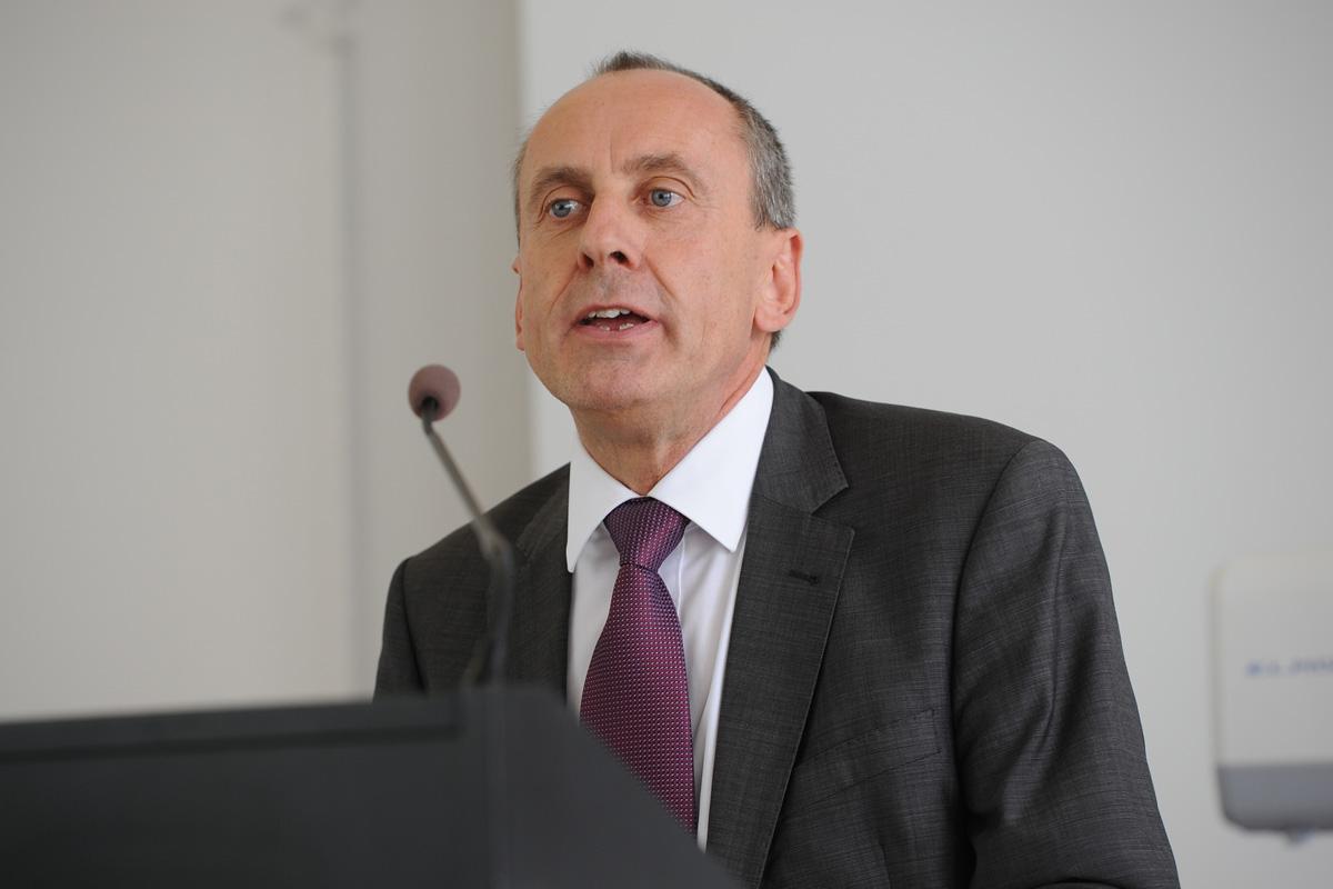 Übergabe des Präsidentenamtes: Minister Prof. Dr. Konrad Wolf