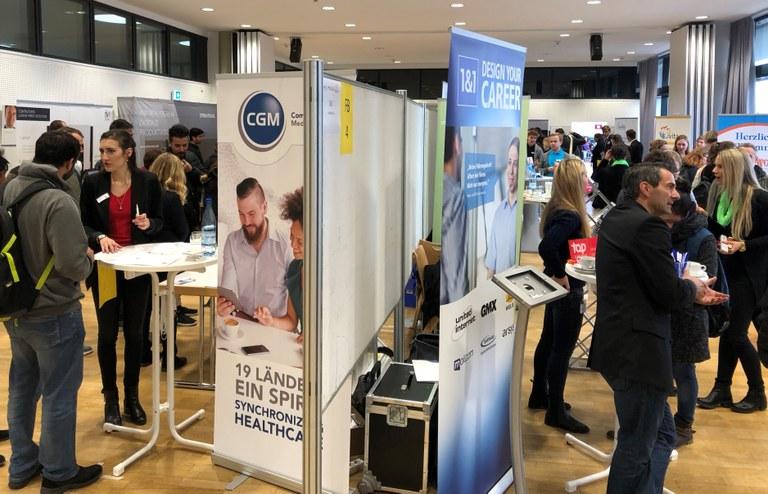 Karrieremesse der Universität in Koblenz erfolgreich