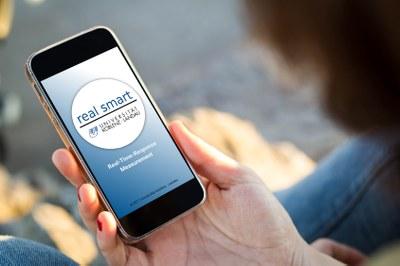 """Mit der App """"real smart"""" kann das TV-Duell zur Landtagswahl in Hessen bewertet werden. Foto: Fotolia / Bearbeitung: Pressestelle"""