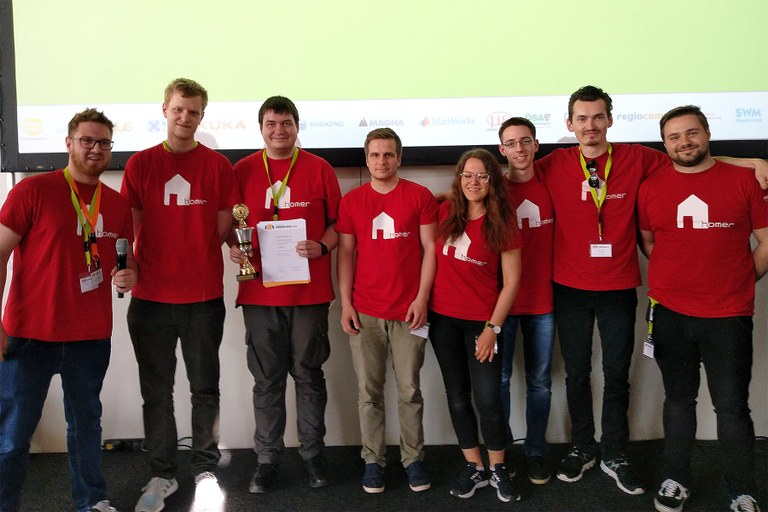 Roboter Lisa und TIAGo gewinnen die RoboCup German Open