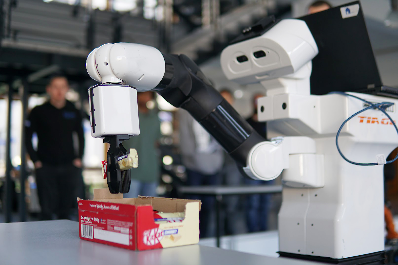 Team homer gewinnt Preis bei der European Robotics League