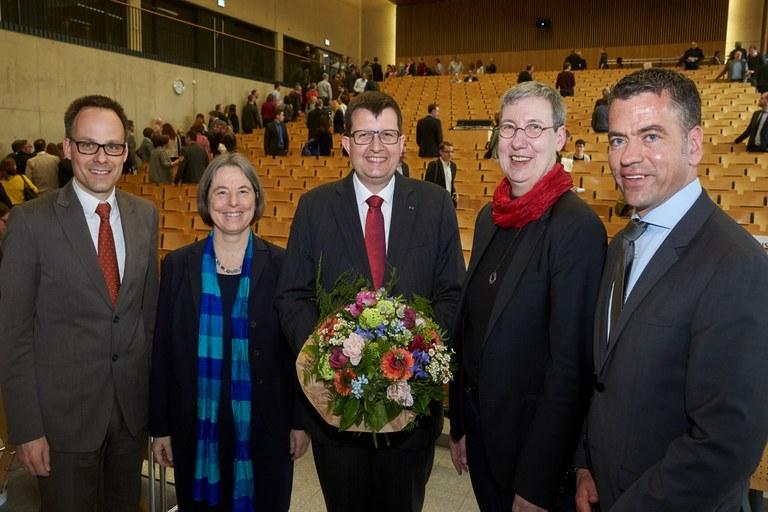 Prof. Dr. Stefan Wehner offiziell in das Amt des Vizepräsidenten eingeführt