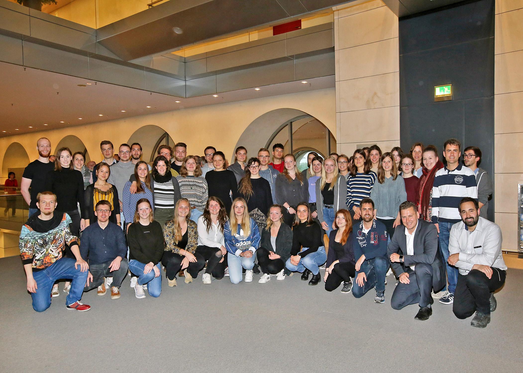 Exkursion in die Hauptstadt:  Landauer Studierende verbinden Theoriekenntnisse mit Expertenwissen aus der Praxis