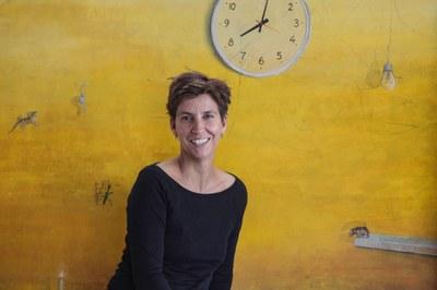 Die Künstlerin Antje Wichtrey thematisiert in der Ausstellung bildlich und textlich  die 30 Artikel der Menschenrechte.