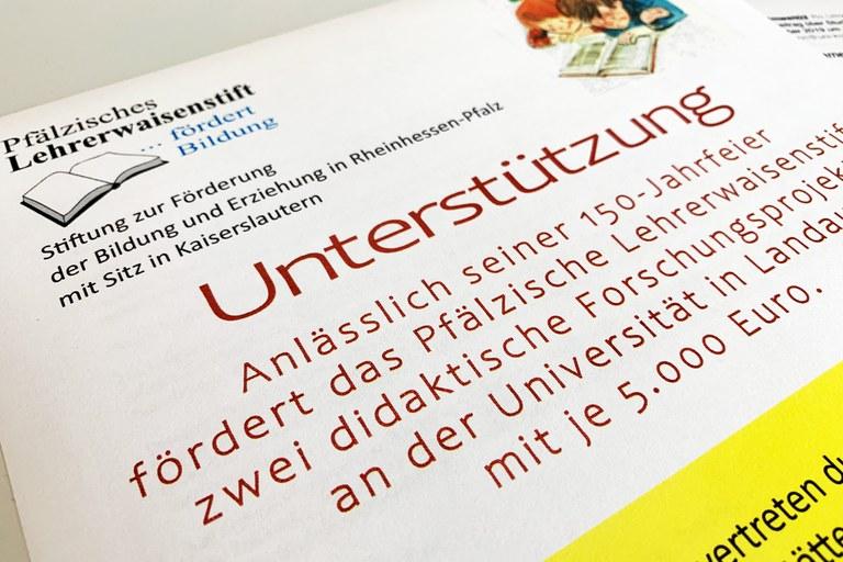 """Gefördert werden die beiden Projekte """"Schulanfänger beim Mathematiklernen begleiten"""" und """"LIFT: Lernen, Informieren, Fördern, Tun - auf dem Weg ins MINT-Studium"""". Foto: Universität Koblenz-Landau"""