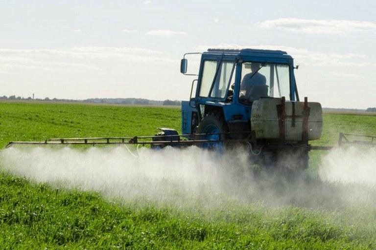 Wissenschaftler fordern Überarbeitung des Zulassungsverfahrens  für Pflanzenschutzmittel