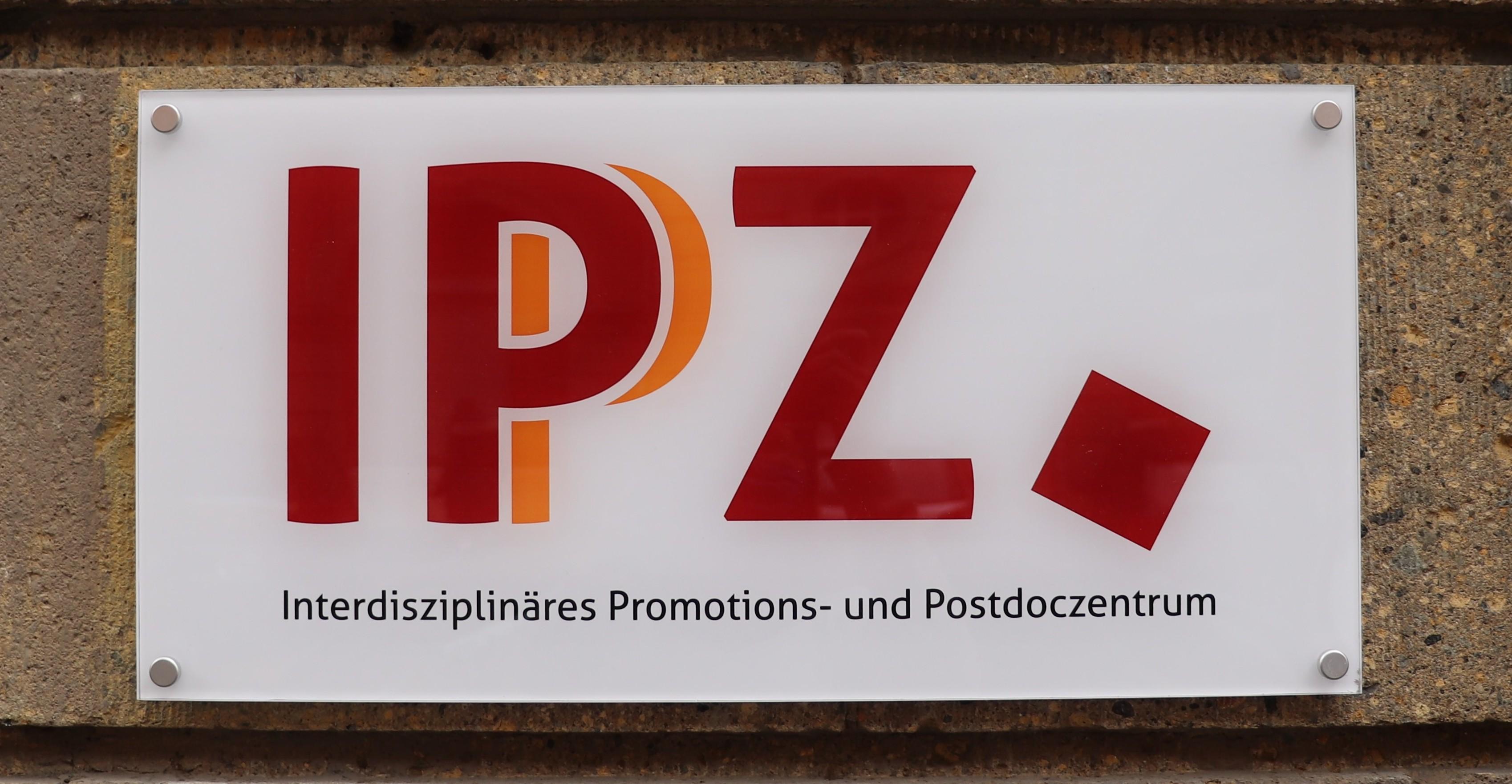 Wegbegleiter bis zur Professur: Das IPZ wird zum Interdisziplinären Promotions- und Postdoczentrum
