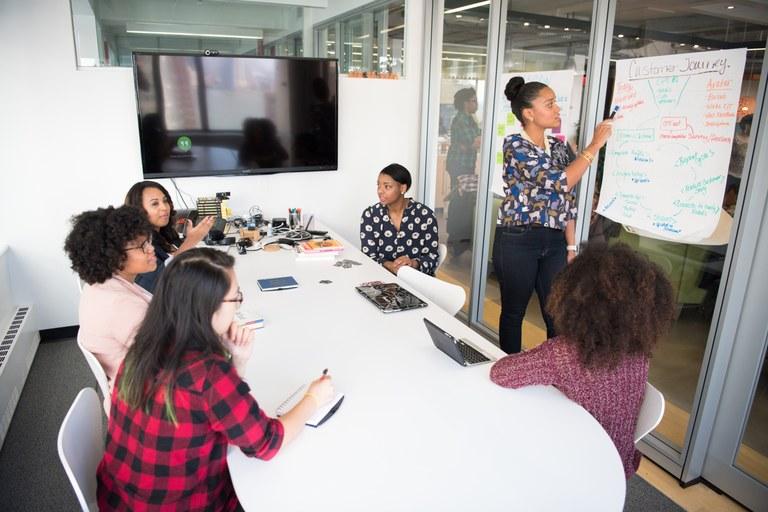 Neues Projekt zur beruflichen Integration zugewanderter Akademikerinnen