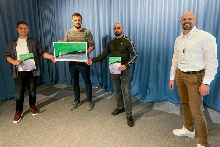 Studentisches Team gewinnt IT-Förderpreis der Debeka