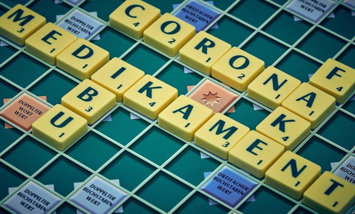 """Vor allem in sozialen Medien werden falsche Informationen zum Umgang mit dem Coronavirus verbreitet. Eine Fake News besagt zum Beispiel, dass man angeblich an der Universität Wien herausgefunden habe, dass Ibuprofen """"die Vermehrung des Virus beschleunigt"""" (Foto: Pixabay)"""