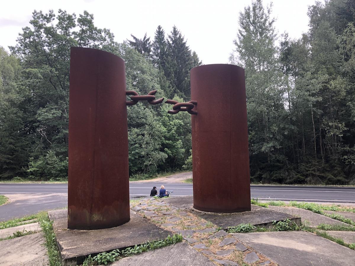 Mahnmal für die Opfer des Eisernen Vorhangs zwischen Cheb und Waldsassen (Foto: Stefan Bloßfeldt)