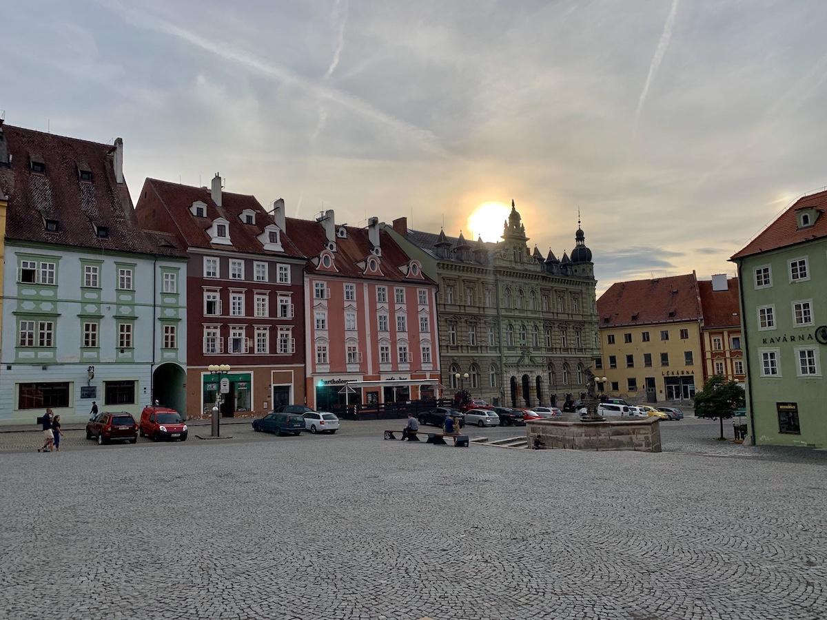 Der Marktplatz von Cheb (Foto: Leon Kraft)