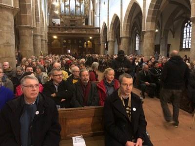 stiftskirche-publikum