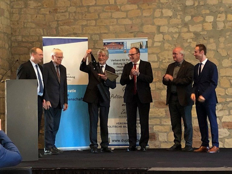 Bernhard Sutor-Preis an Prof. Dr. Sarcinelli