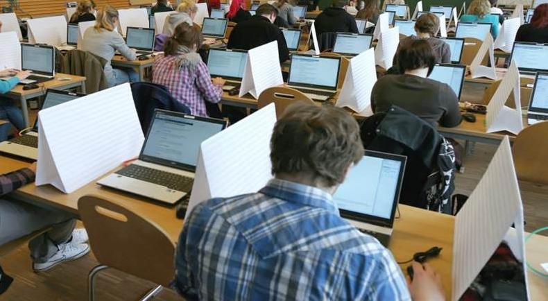 E-Klausur mit Laptops