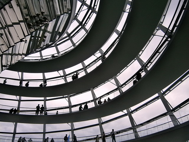 glass-dome-207153_640.jpg