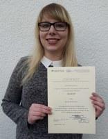 Verleihung Urkunde Nicole Bachmann