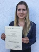 Verleihung Urkunde Frau Bemsch