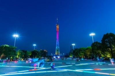 Guangzhou - Canton Tower - https://www.colourbox.de/bild/guangdong-lichtschein-erhohung-bild-21739846