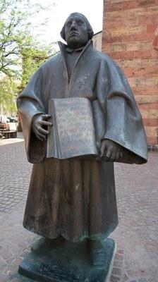 Statuen01