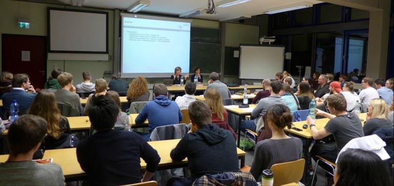 Die USA nach der Wahl: Gastvortrag von Prof. Dr. Andrea Römmele