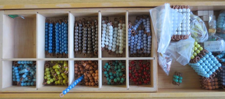 Perlenmaterial_bunt_L.JPG