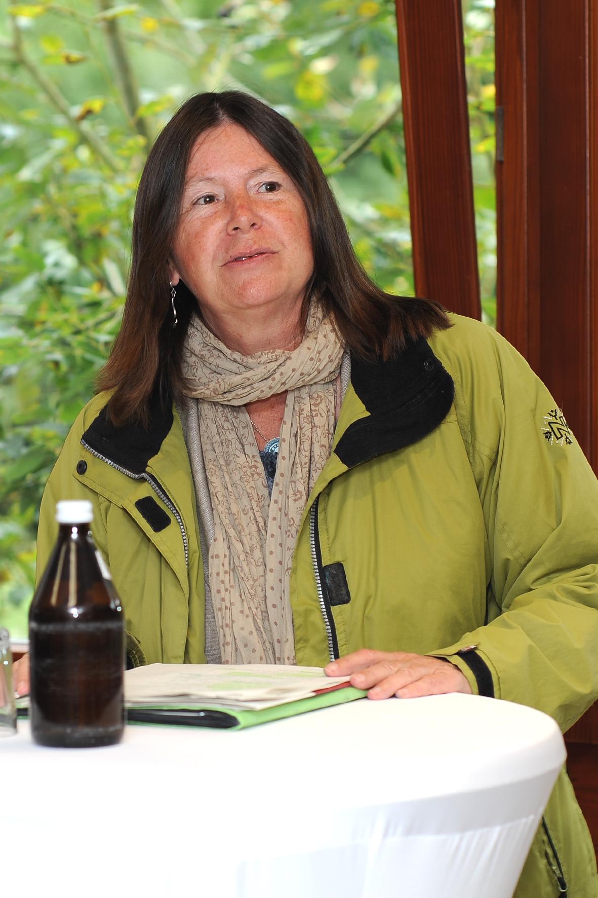 Frau Umweltministerin Hofken 1