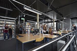 Innenansicht der Bibliothek