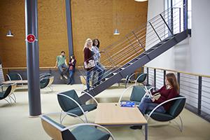 Treppenaufgang in der Bibliothek