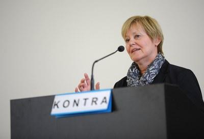 Rhetorik Slam Frau Schröder